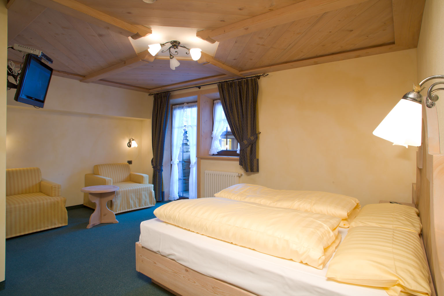 Hotel Capriolo - Via Borch, 96 - Room - Suite 1