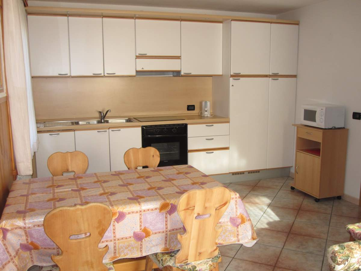 Baita Confortola - Via Rin N.379d, 385, 387, Livigno 23041 - Apartment - Appartamento Bb 1