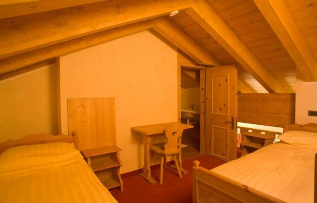 Hotel Capriolo - Via Borch, 96 - Room - Family 4