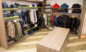 Eder Fashion Store - Via St. Antoni, 103 8